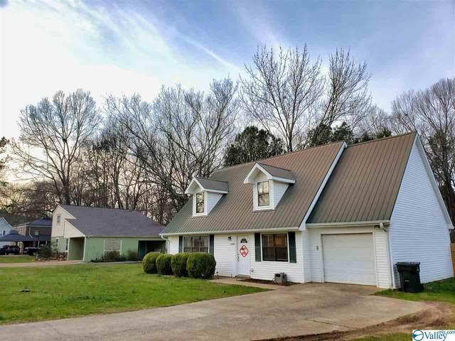 1108 Lasone Drive, Scottsboro, AL 35768 (MLS #1137323) :: Amanda Howard Sotheby's International Realty