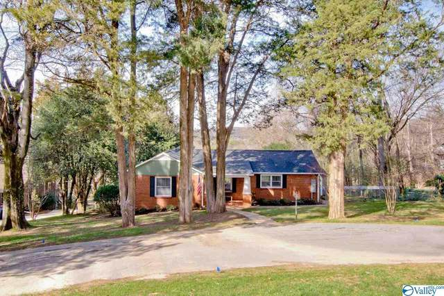 1605 Big Cove Road, Huntsville, AL 35801 (MLS #1137407) :: The Pugh Group RE/MAX Alliance