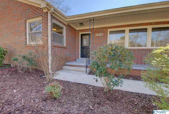 1714 Governors Drive, Huntsville, AL 35801 (MLS #1137806) :: Weiss Lake Alabama Real Estate