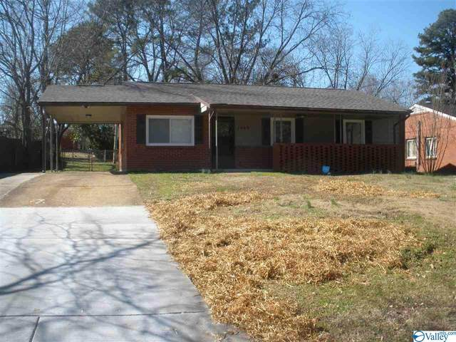 1009 8TH AVENUE SW, Decatur, AL 35601 (MLS #1137882) :: Capstone Realty