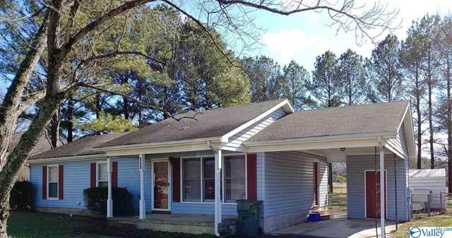 1501 SE Cobblestone Circle, Huntsville, AL 35803 (MLS #1137924) :: Amanda Howard Sotheby's International Realty