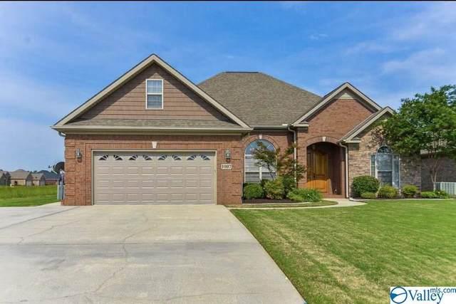 1007 Worton Grange, Decatur, AL 35603 (MLS #1140233) :: Capstone Realty