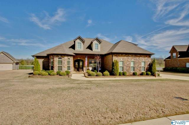 2007 Meadow Creek Circle, Owens Cross Roads, AL 35763 (MLS #1140336) :: Legend Realty