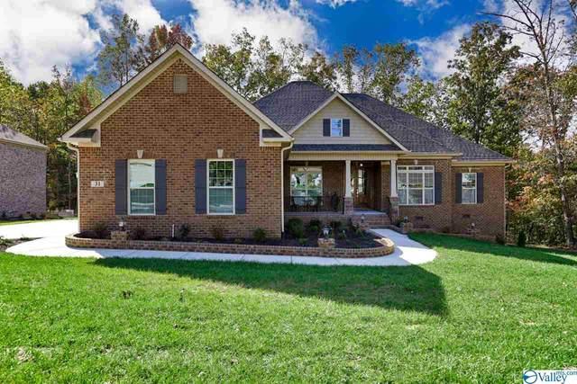 8 SE Ridge Bluff Circle, Huntsville, AL 35803 (MLS #1140350) :: Capstone Realty