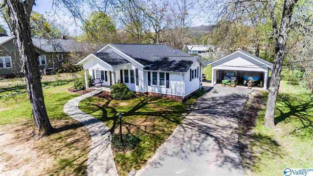 206 W Charlotte Avenue, Scottsboro, AL 35768 (MLS #1140379) :: Amanda Howard Sotheby's International Realty
