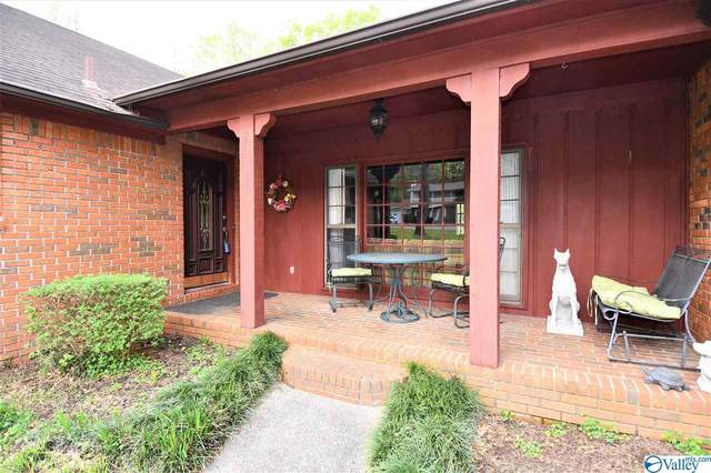 110 Stacy Lane, Rainbow City, AL 35906 (MLS #1140416) :: Amanda Howard Sotheby's International Realty