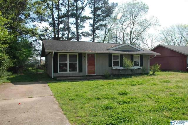 2451 Mount Vernon Road, Huntsville, AL 35810 (MLS #1140466) :: Capstone Realty