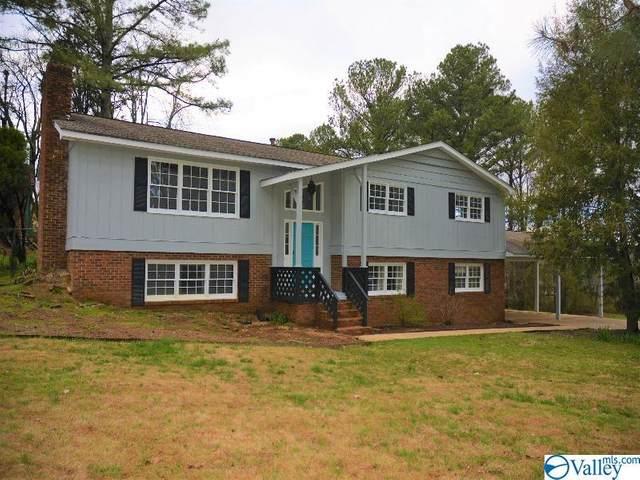 3104 Edgewood Drive, Scottsboro, AL 35769 (MLS #1140493) :: Amanda Howard Sotheby's International Realty