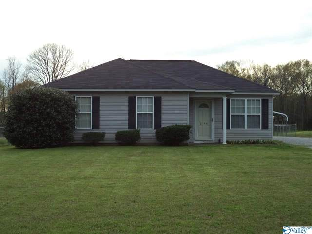 1046 Carter Grove Road, Hazel Green, AL 35750 (MLS #1140722) :: Amanda Howard Sotheby's International Realty