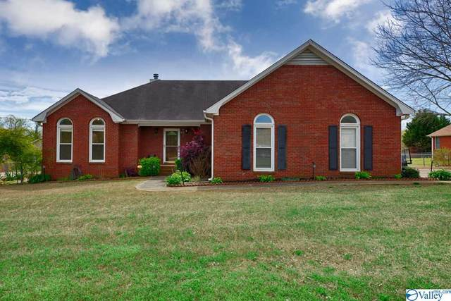 102 Easy Street, Hazel Green, AL 35750 (MLS #1140839) :: RE/MAX Distinctive | Lowrey Team