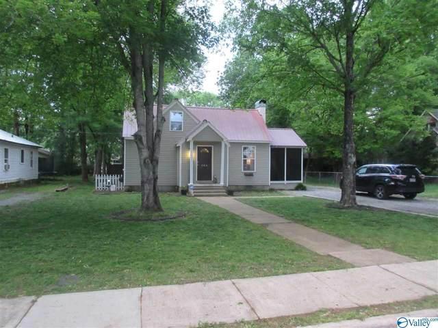 504 S Scott Street, Scottsboro, AL 35768 (MLS #1142320) :: RE/MAX Distinctive | Lowrey Team