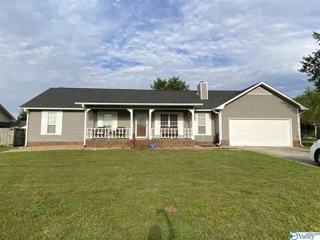 2009 Danbury Circle, Huntsville, AL 35803 (MLS #1142857) :: Amanda Howard Sotheby's International Realty
