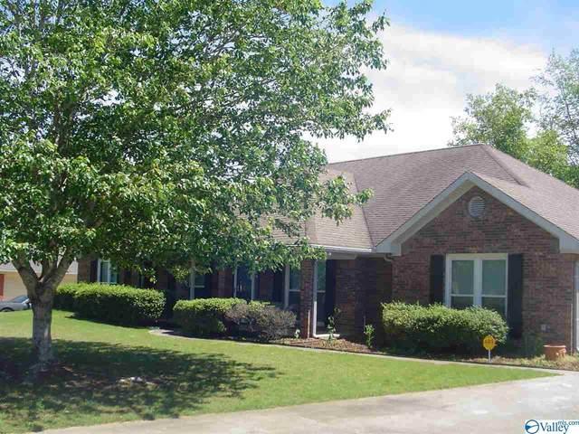 142 Clubhouse Lane, Madison, AL 35757 (MLS #1143398) :: Amanda Howard Sotheby's International Realty