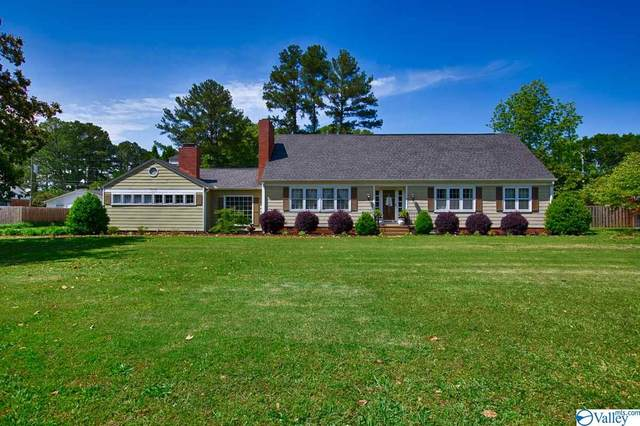 2004 SE Stratford Road, Decatur, AL 35601 (MLS #1143596) :: Capstone Realty