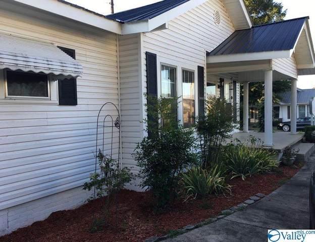 2311 Loveless Street, Guntersville, AL 35976 (MLS #1144177) :: Amanda Howard Sotheby's International Realty