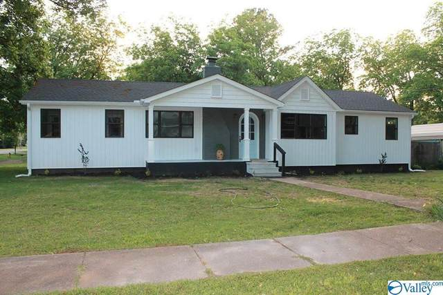 25 3RD AVENUE, Falkville, AL 35622 (MLS #1144358) :: Amanda Howard Sotheby's International Realty