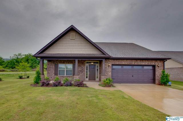 4326 Adventura Drive, Owens Cross Roads, AL 35763 (MLS #1144491) :: Revolved Realty Madison