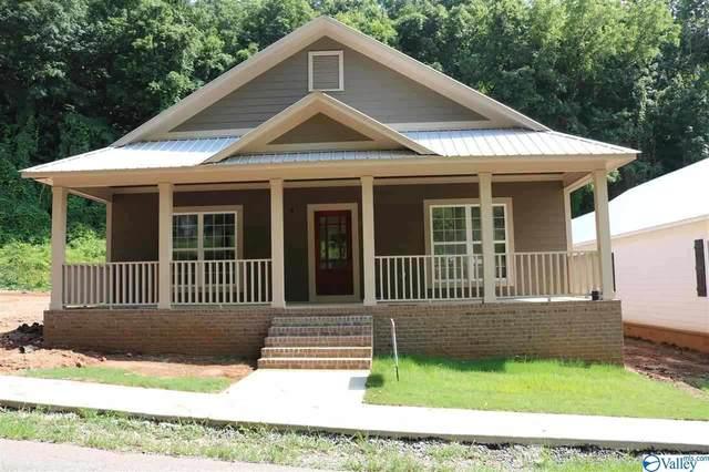 1531 Patterson Street, Guntersville, AL 35976 (MLS #1144996) :: Amanda Howard Sotheby's International Realty