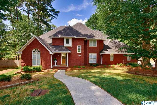 1202 Shadow Ridge Drive, Huntsville, AL 35803 (MLS #1145678) :: The Pugh Group RE/MAX Alliance