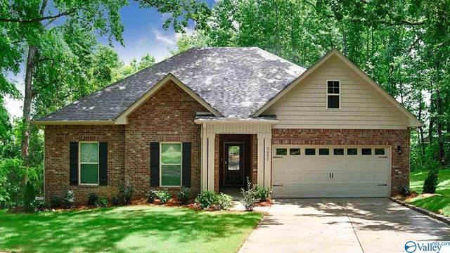 3022 Hampstead Drive, Owens Cross Roads, AL 35763 (MLS #1147078) :: Coldwell Banker of the Valley