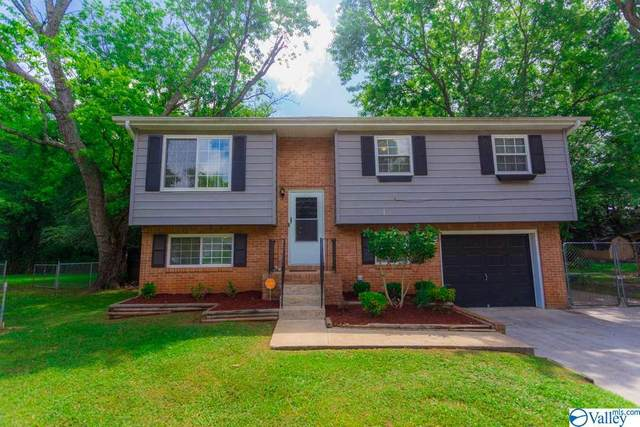 3915 Mccalley Place, Huntsville, AL 35805 (MLS #1147298) :: Coldwell Banker of the Valley
