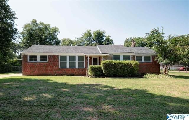 2207 Barrywood Road, Huntsville, AL 35810 (MLS #1147812) :: Capstone Realty