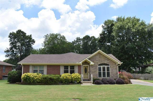 2809 Irwin Road, Huntsville, AL 35801 (MLS #1147836) :: Legend Realty