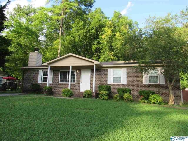 13905 Wyandotte Drive, Huntsville, AL 35803 (MLS #1147915) :: Amanda Howard Sotheby's International Realty