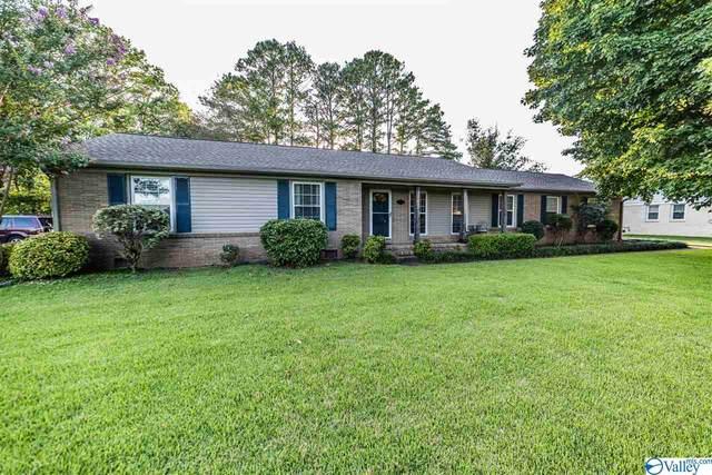 7216 Hickory Hill Lane, Huntsville, AL 35802 (MLS #1148138) :: Capstone Realty