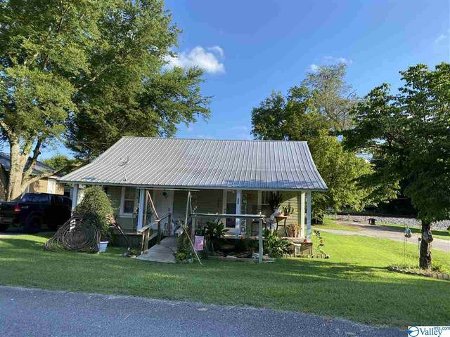308 Tennessee Street, Courtland, AL 35619 (MLS #1148363) :: Revolved Realty Madison