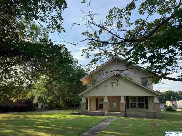 603 E Laurel Street, Scottsboro, AL 35768 (MLS #1148593) :: LocAL Realty