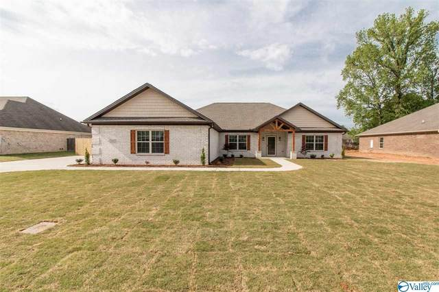 21975 Silver Oaks Circle, Athens, AL 35613 (MLS #1148599) :: Revolved Realty Madison