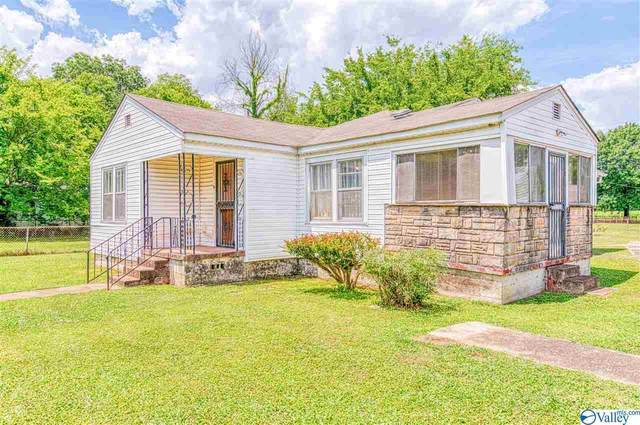 104 Airport Road, Muscle Shoals, AL 35660 (MLS #1148635) :: Revolved Realty Madison