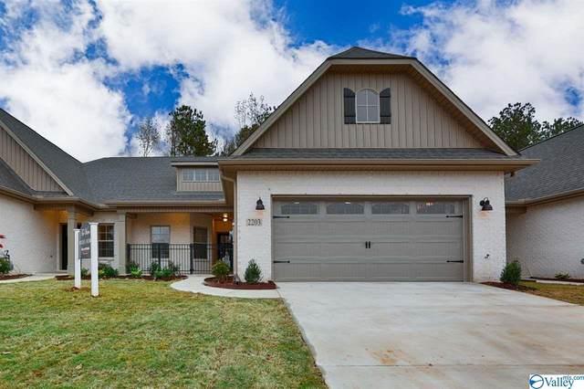 437 Legend Oak Way, Huntsville, AL 35824 (MLS #1149375) :: Amanda Howard Sotheby's International Realty