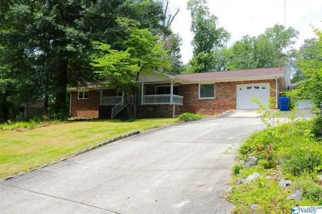 875 Point Of Pines, Guntersville, AL 35976 (MLS #1149385) :: Amanda Howard Sotheby's International Realty