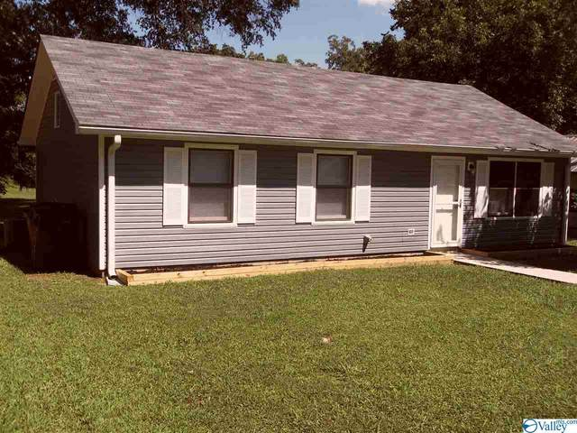 2212 Willow Avenue, Decatur, AL 35601 (MLS #1149687) :: Revolved Realty Madison