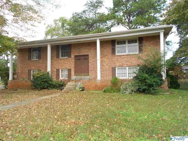 7700 Carlton Drive, Huntsville, AL 35802 (MLS #1149692) :: Revolved Realty Madison