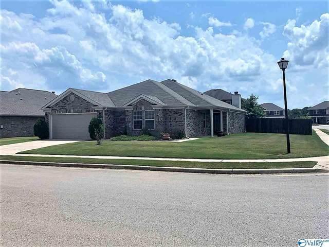 2469 Bell Manor Drive, Huntsville, AL 35803 (MLS #1149853) :: Amanda Howard Sotheby's International Realty