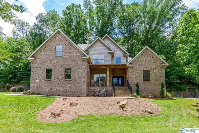 2749 Box Canyon Road, Huntsville, AL 35803 (MLS #1149943) :: Revolved Realty Madison