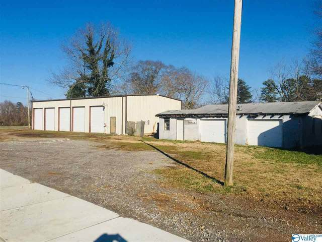 5720 Main Street, Grant, AL 35747 (MLS #1150078) :: Coldwell Banker of the Valley