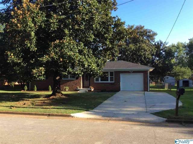 4715 Cavett Drive, Huntsville, AL 35810 (MLS #1150087) :: Coldwell Banker of the Valley