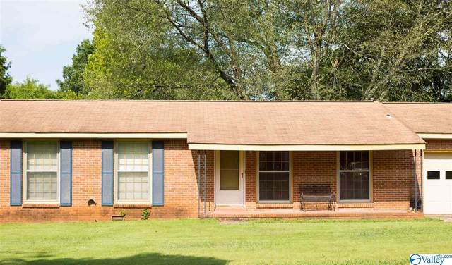 3318 Caywood Drive, Huntsville, AL 35810 (MLS #1150094) :: Legend Realty