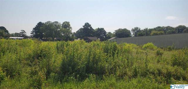 lot 16 Plaza Drive, Centre, AL 35960 (MLS #1150312) :: LocAL Realty