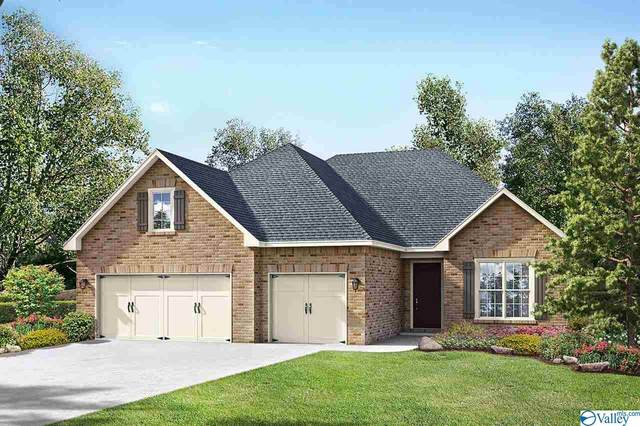 2114 Big Leaf Drive, Huntsville, AL 35803 (MLS #1150940) :: Rebecca Lowrey Group