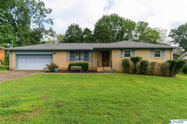 1804 Forney Drive, Huntsville, AL 35816 (MLS #1151983) :: The Pugh Group RE/MAX Alliance