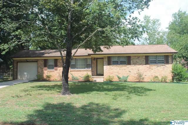 3406 Oakmont Avenue, Huntsville, AL 35810 (MLS #1152089) :: Legend Realty