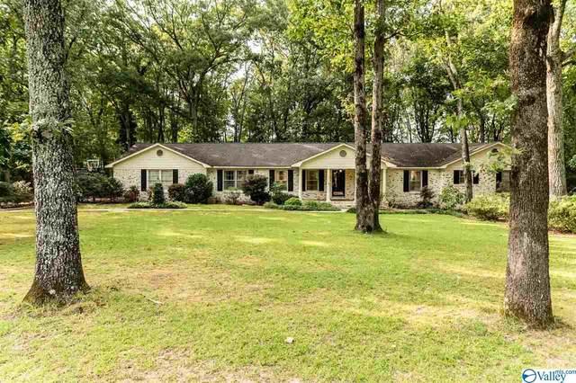 4503 Willow Bend Road, Decatur, AL 35603 (MLS #1152487) :: Rebecca Lowrey Group