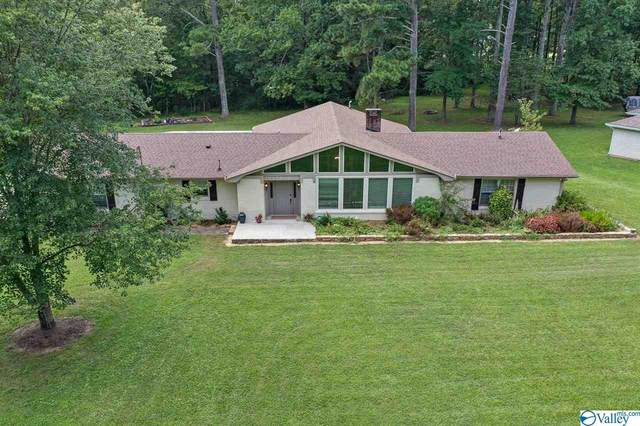 5400 Spring Creek Drive, Guntersville, AL 35976 (MLS #1152499) :: Revolved Realty Madison