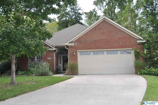 2403 Bankhill Circle, Owens Cross Roads, AL 35763 (MLS #1152856) :: RE/MAX Distinctive | Lowrey Team