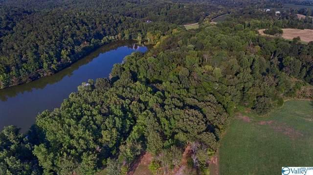 3 Lakeside Estates Road, Athens, AL 35614 (MLS #1152992) :: Southern Shade Realty